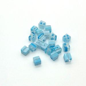 VETRO (IMITAZIONE MURRINA) CUBO SKY BLUE 6X6 MM LISCIO -  20  pezzi